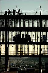 Desde 1998 se han construido el doble de viviendas de las necesarias.